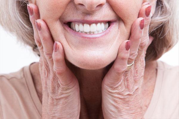 بهترین نوع پروتز دندان