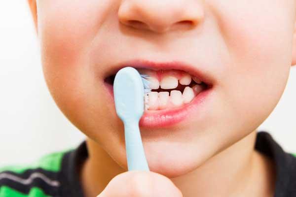 سن افتادن دندان کودکان