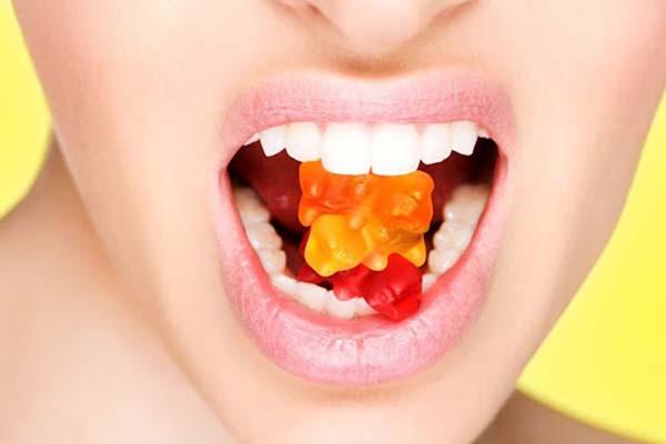 مراقبت های دندانی در جشن هالووین