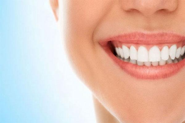 جرمگیری دندانهای لمینت شده