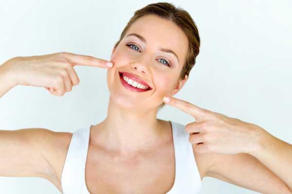 ارتودنسی ترمیمی | طراحی لبخند | بازسازی کامل دهان