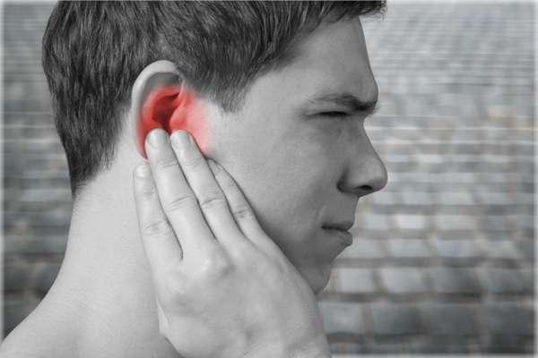 گوش درد و فک درد