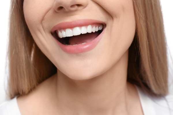 طراحی لبخند زیبا